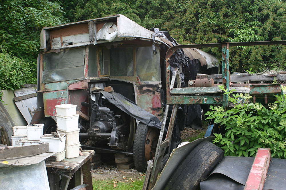 Full1 - 1929 Leyland Lion LT1 before start of restoration