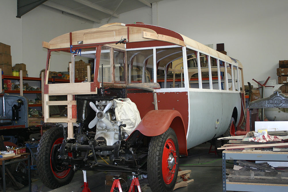 Full13 - 1929 Leyland Lion with plywood roof panels in place and rebuilt N/S front wing
