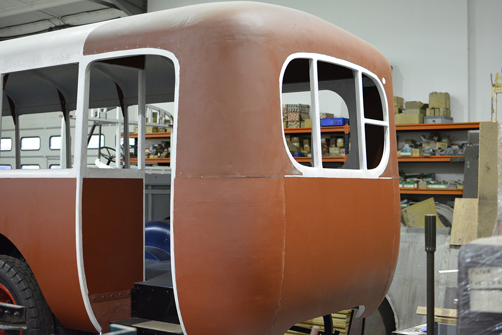Full19 - 1929 Leyland Lion displaying original rear dome and corner panels refitted